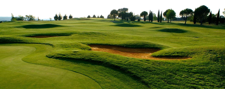 golf club d 39 aix en provence setclub golf in provence next golf. Black Bedroom Furniture Sets. Home Design Ideas