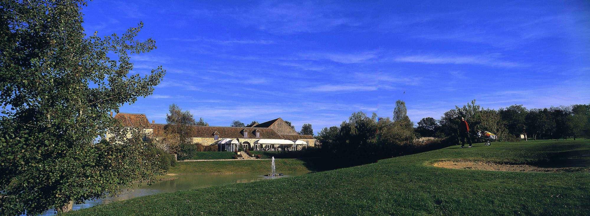 golf de montereau la forteresse next golf 2 next golf. Black Bedroom Furniture Sets. Home Design Ideas