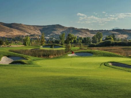 Red Hawk Golf & Resort