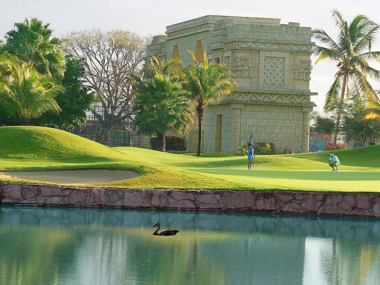 El Tigre Golf Club