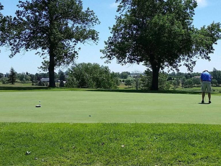 Oakes Golf Club