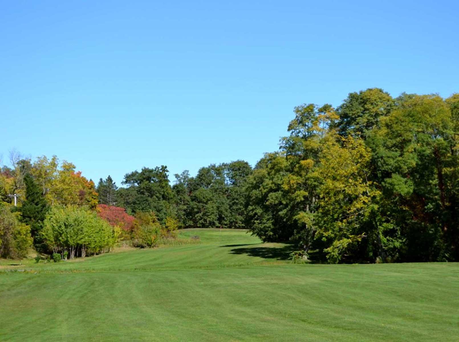 Pheasant Hollow Golf Course