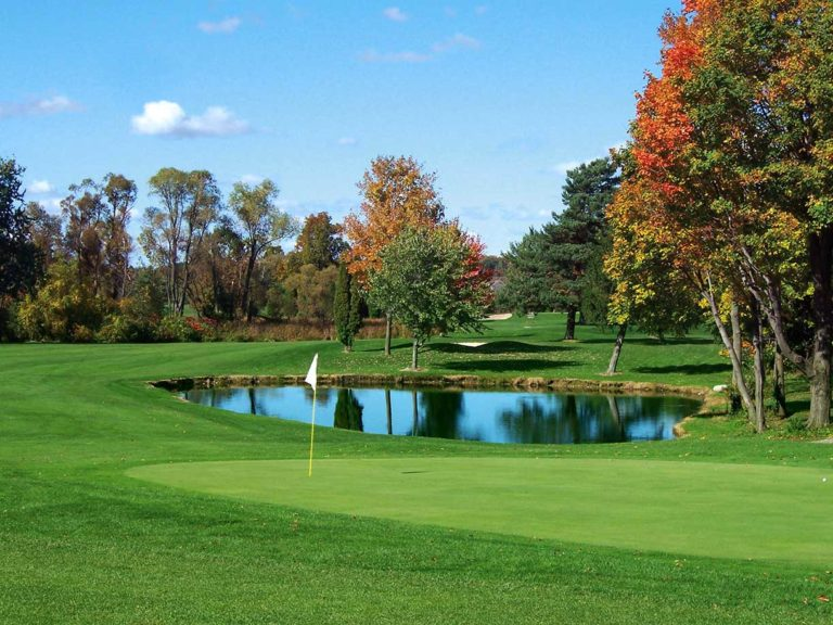 Le Roy Country Club