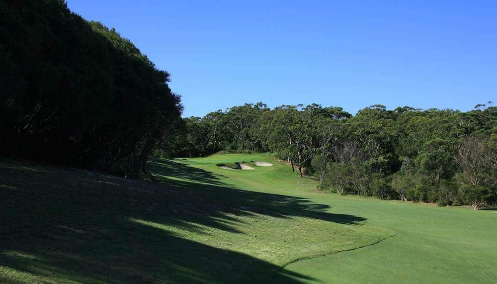Newscastle golf club , golf in Australia