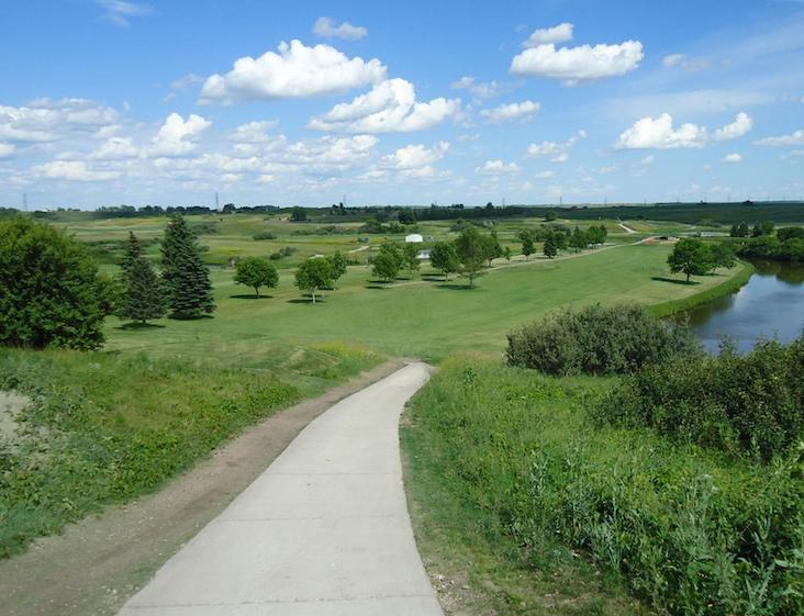 Painted Woods Golf Course, golf in north Dakota