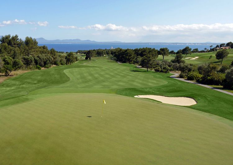 Club de Golf Alcanada golf in balearic