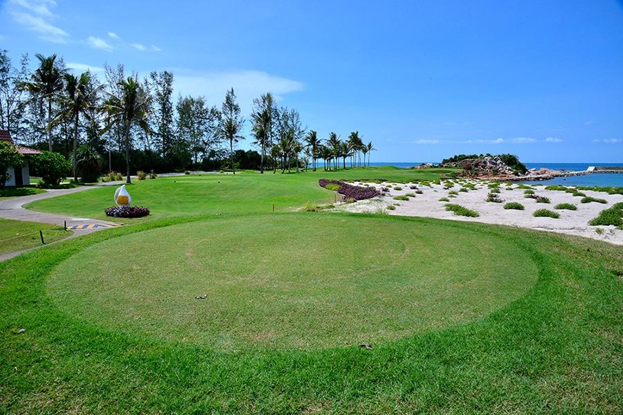 Bintan Lagoon Resort, golf in indonesia