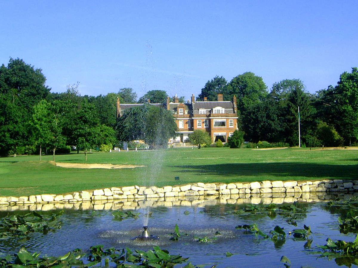 Bush Hill Park Golf Club, golf in England