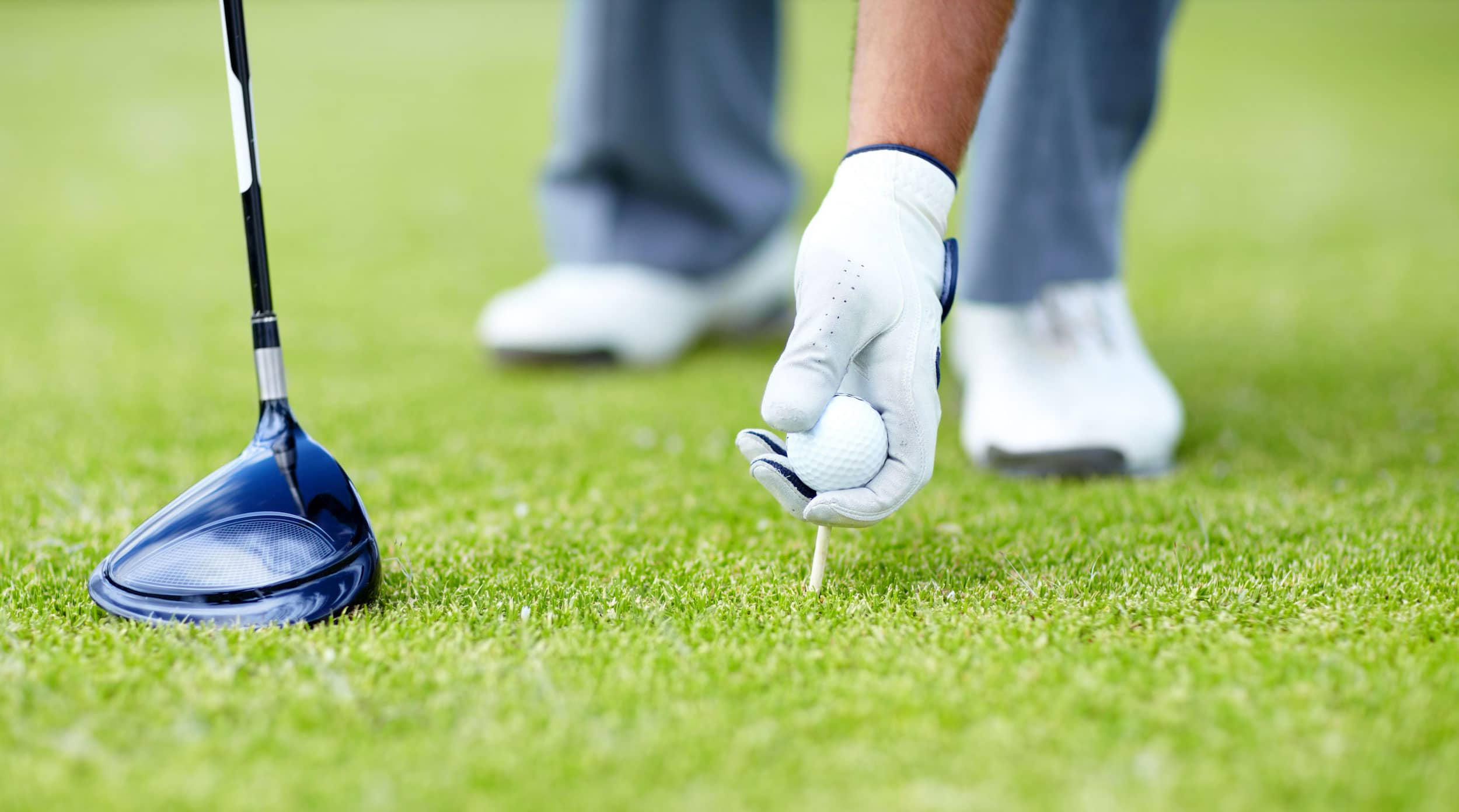 Worst Things You Can Do On A Golf Course