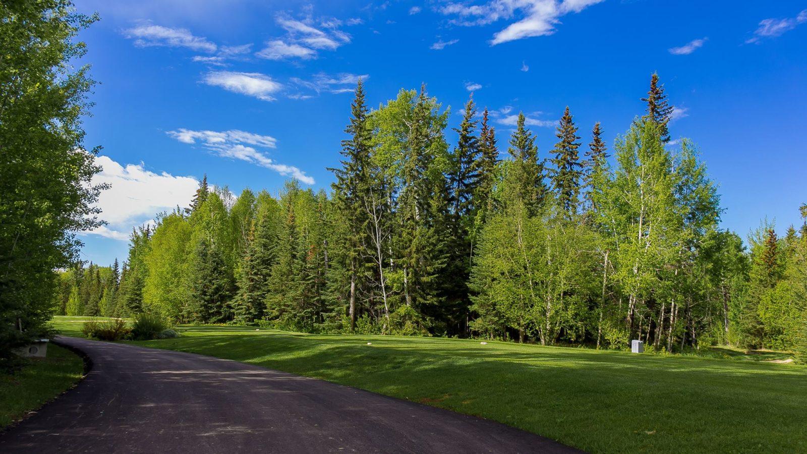 Gilwood Golf and Country Club, Alberta