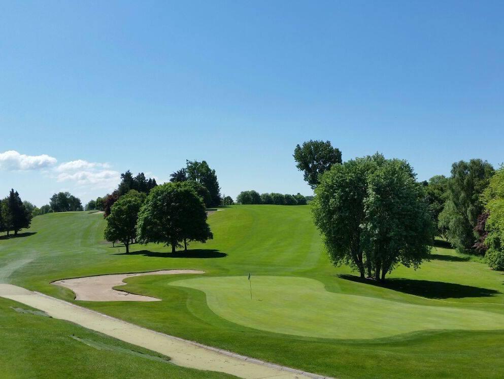 Hole 1 at Kilkenny Golf Club